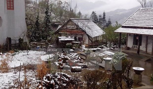 Alud de visitantes a provincias nortenas por nevadas hinh anh 1
