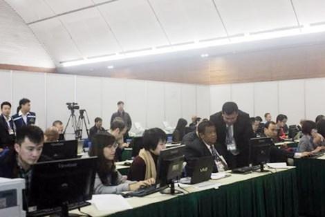Centenares de periodistas foraneos cubren XII Congreso del PCV hinh anh 1