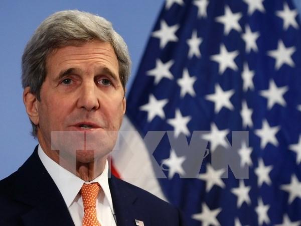 John Kerry arriba a Cambodia hinh anh 1