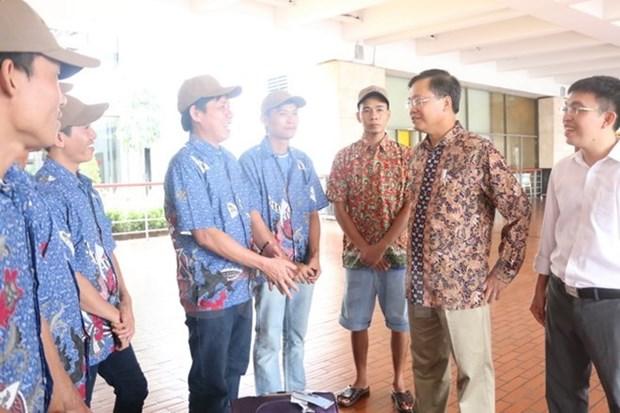 Indonesia repatria a 17 pescadores vietnamitas hinh anh 1