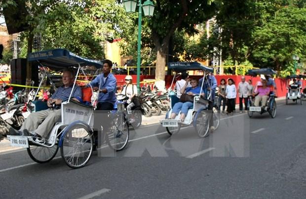 Hanoi espera recibir a casi cuatro millones de turistas en 2016 hinh anh 1