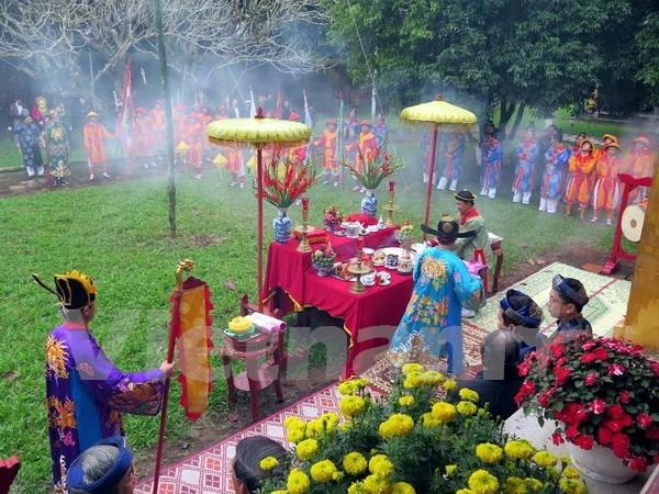 Revive rito tradicional del Tet en ciudadela imperial de Hue hinh anh 1