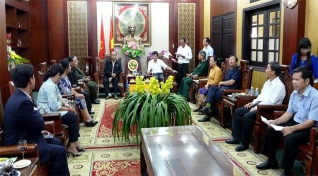 Fomentan relaciones de amistad Vietnam y Cambodia hinh anh 1