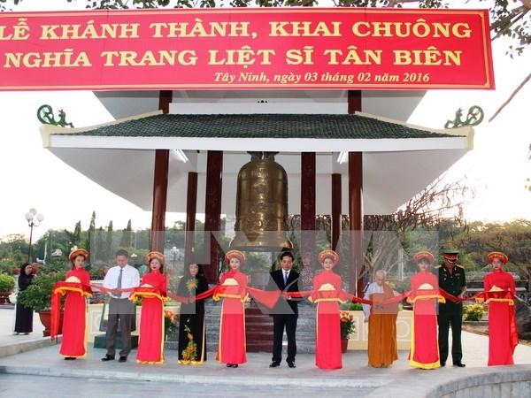 Inauguran obra conmemorativa a combatientes caidos en Cambodia hinh anh 1