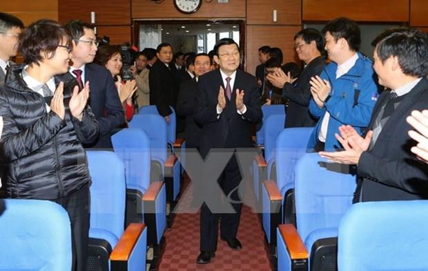 Dirigentes del Estado felicitan al Grupo Nacional de Petroleo en ocasion del Tet hinh anh 1