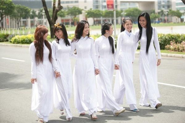 En defensa del Ao Dai vietnamita hinh anh 1