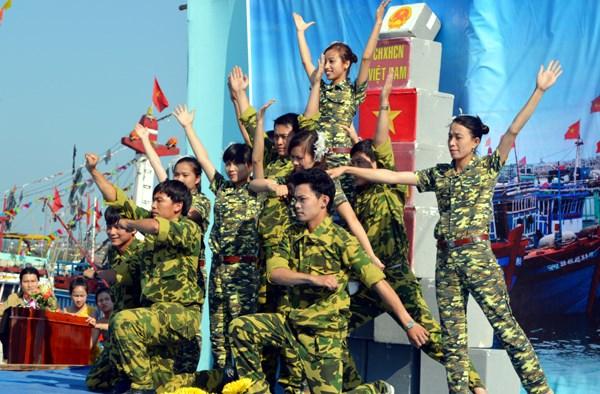 Amplio abanico de actividades culturales en Vietnam por el Ano del Mono hinh anh 1