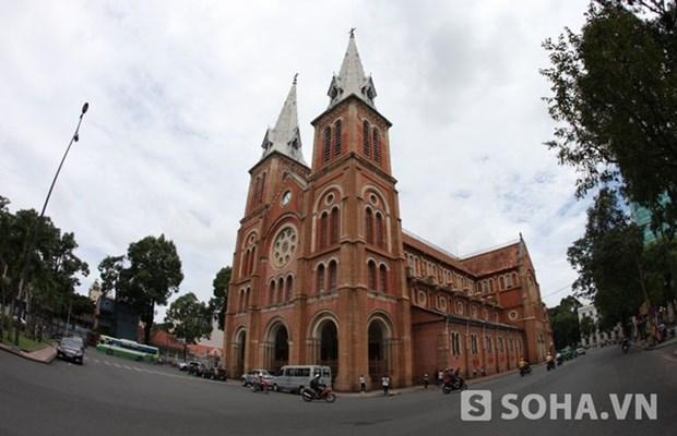 La Catedral de Notre Dame en Ciudad Ho Chi Minh hinh anh 1