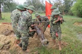 Vietnam traza programa de apoyo a victimas de explosivos hasta 2020 hinh anh 1