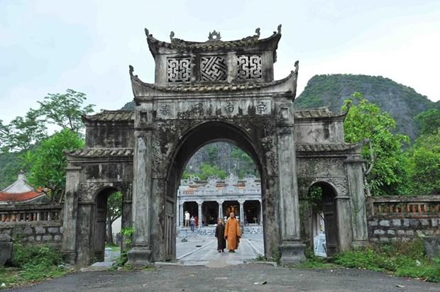 Inician en Vietnam las fiestas primaverales hinh anh 1