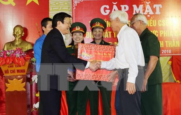 Presidente exige a excombatientes seguir coadyuvando a avance nacional hinh anh 1