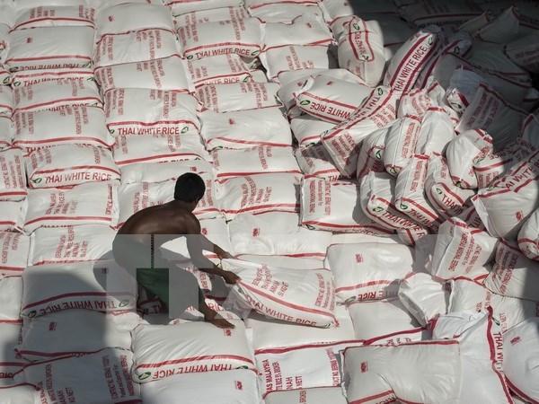 Exministro tailandes enfrenta demanda sobre programa de subsidio al arroz hinh anh 1