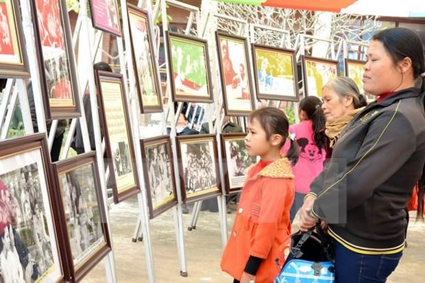 Abren exposicion fotografica sobre presidente Ho Chi Minh en Thai Nguyen hinh anh 1