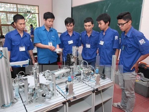 Vietnam impulsa reformas de capacitacion vocacional hinh anh 1