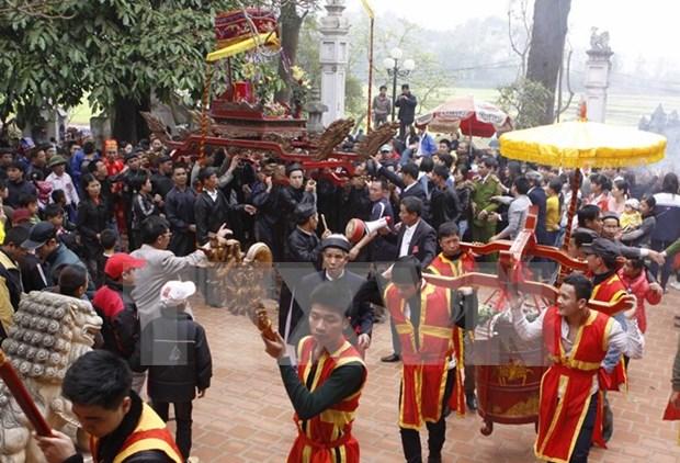 Inauguran fiesta ceremonial en honor de santo legendario vietnamita hinh anh 1