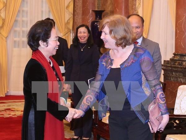 Vietnam solicita a Francia temprana ratificacion del PCA hinh anh 1