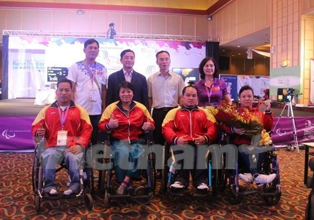 Dos pesistas de Vietnam clasificaron para paralimpico de Rio 2016 hinh anh 1