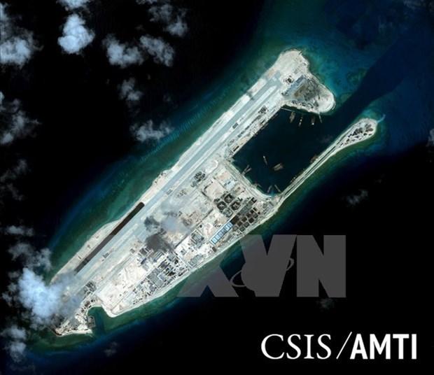 EE.UU. insta a China ampliar no militarizacion en todo el Mar del Este hinh anh 1