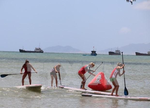 Cierran en Vietnam primera ronda de torneo asiatico de kitesurf hinh anh 1