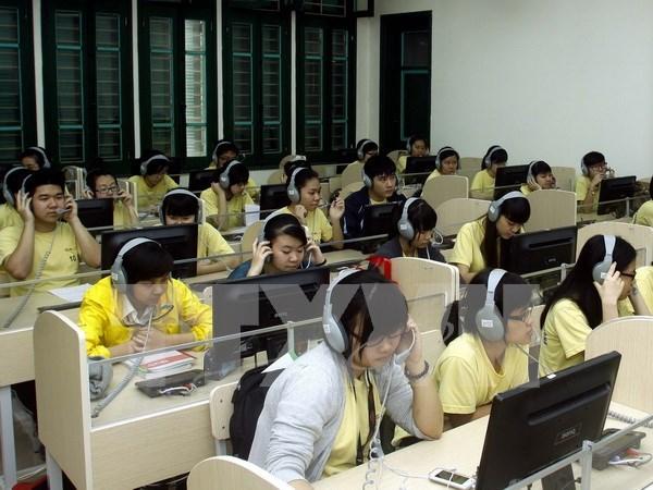Vietnam llama apoyo de OIF para mejorar competencia de profesores de idioma frances hinh anh 1