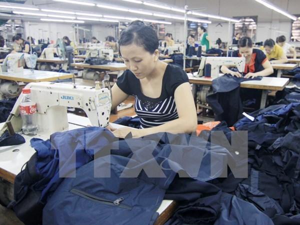 Vietnam y UE se afanan en poner en vigor tratado comercial bilateral en 2018 hinh anh 1