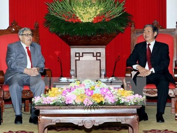 Partidos comunistas de Vietnam y Francia forjan cooperacion hinh anh 1