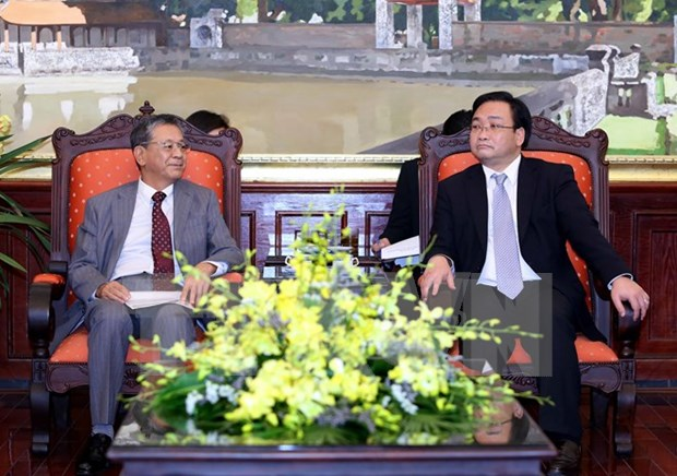 Hanoi promete condiciones favorables para inversores japoneses hinh anh 1