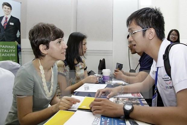 Gran concurrencia al Dia de educacion universitaria en Vietnam hinh anh 1