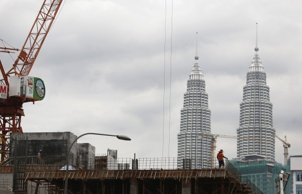 Exportaciones de Malasia se reducen en enero hinh anh 1