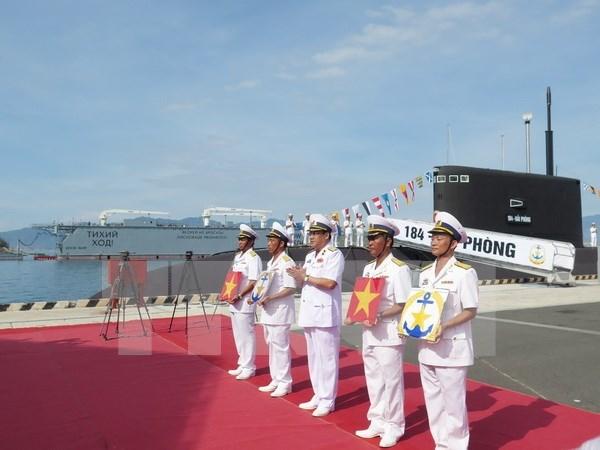 Presidente de Vietnam asiste a la inauguracion del puerto internacional hinh anh 1
