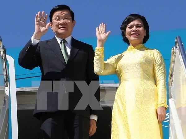 Presidente de Vietnam inicia gira por Tanzania, Mozambique e Iran hinh anh 1