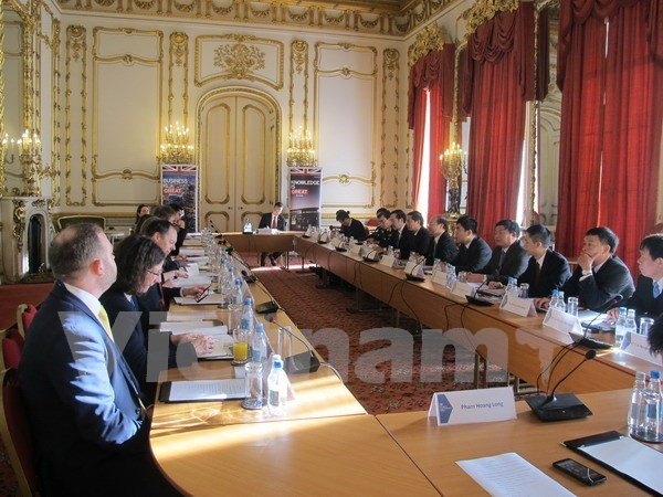 Vietnam y Reino Unido mantienen quinto dialogo estrategico hinh anh 1