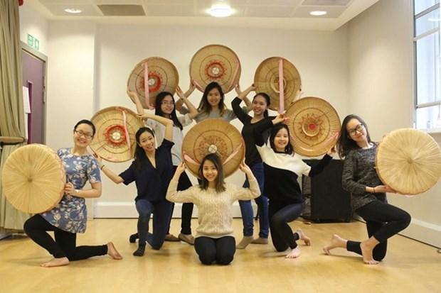 Celebraran festival de cultura vietnamita en Reino Unido hinh anh 1