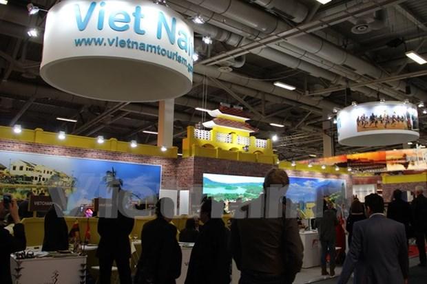 Vietnam promueve turismo en feria internacional en Berlin hinh anh 1