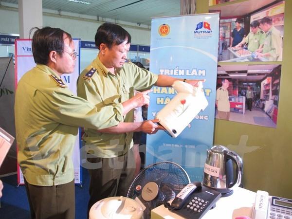 Lanzan dia de derechos de consumidores vietnamitas hinh anh 1