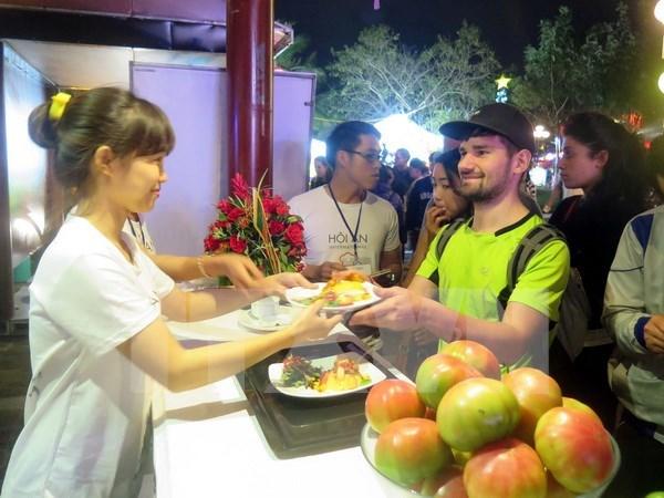 En ciudad antigua de Hoi An festival de gastronomia internacional hinh anh 1
