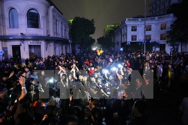 Vietnam ahorra 451 mil kilovatios hora durante Hora del Planeta 2016 hinh anh 1