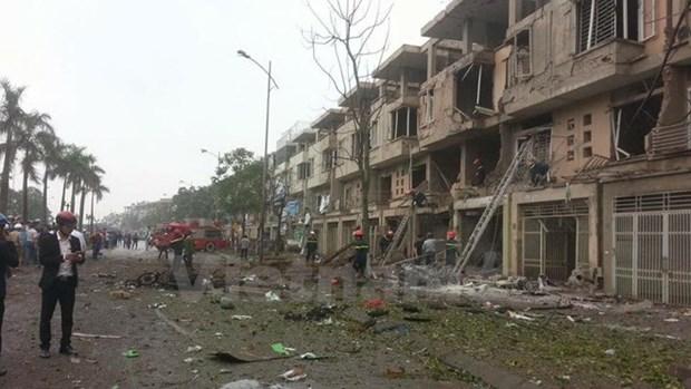 Encuentran materiales para fabricar bombas en escenario de explosion en Hanoi hinh anh 1