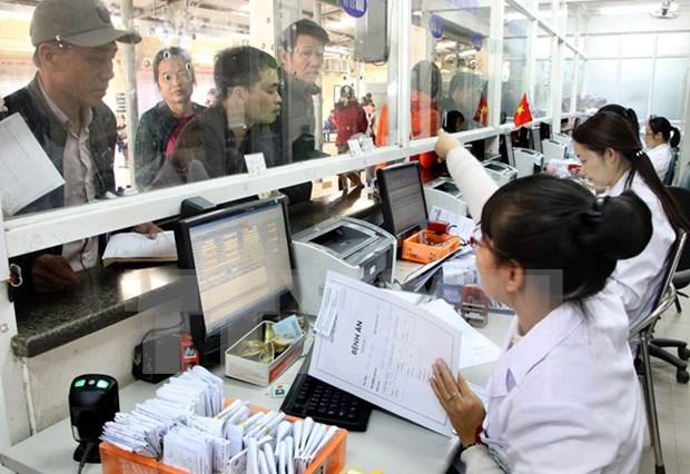 Premier orienta computarizacion para pago de servicios de salud hinh anh 1