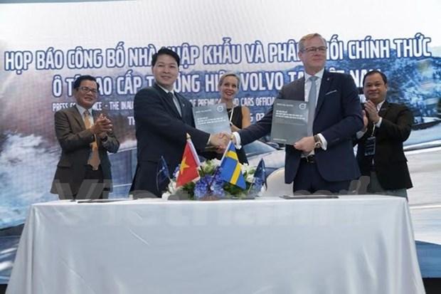 Empresa Bac Au se convierte en concesionario oficial de Volvo en Vietnam hinh anh 1