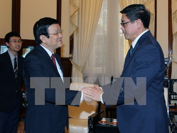 Presidente vietnamita destaca aportes del embajador singapurense a nexos bilaterales hinh anh 1