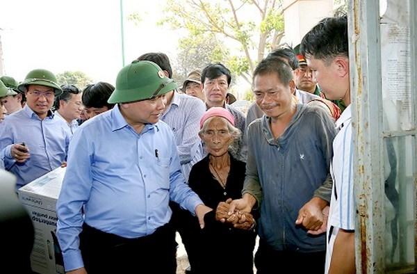 Vicepremier vietnamita insta garantizar la vida de pobladores afectados por sequia hinh anh 1