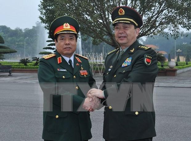 Conversan ministros vietnamita y china de Defensa hinh anh 1