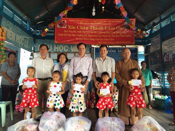 Intensifica Frente de la Patria apoyo a cambodianos de origen vietnamita hinh anh 1