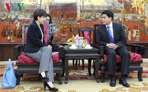Hanoi espera recibir inversiones italianas en desarrollo infraestructural hinh anh 1