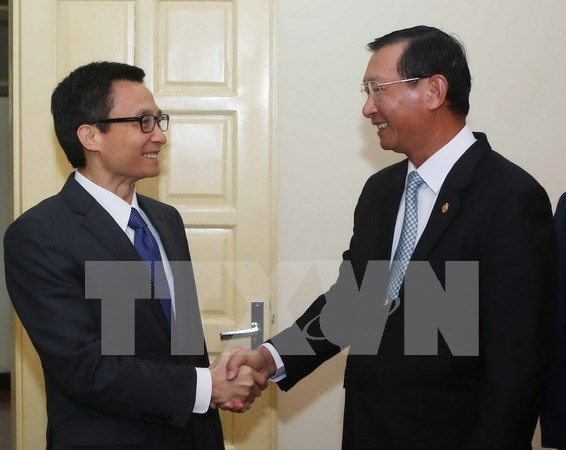 Vicepremier vietnamita recibe a ministro de Industria de Camboya hinh anh 1