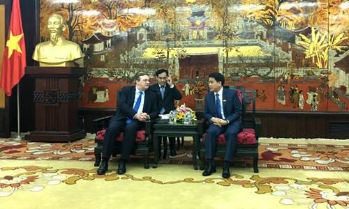 Hanoi y Hungria cooperan en proyecto de agua en rio Rojo hinh anh 1
