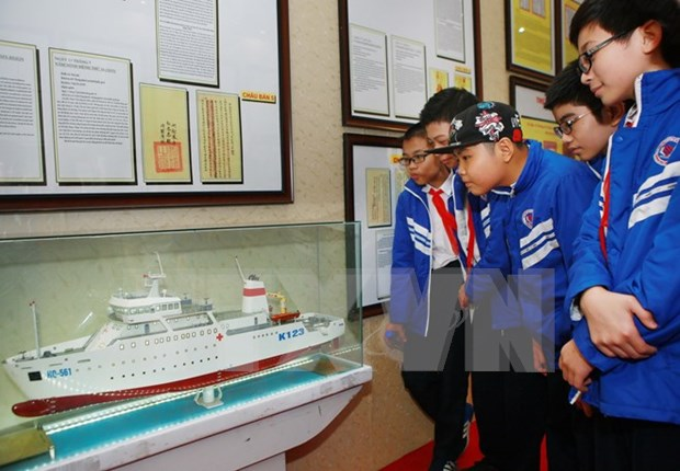 Exposicion sobre archipielagos vietnamitas confirma soberania nacional hinh anh 1