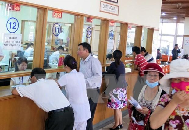 Hoa Binh adopta medidas para animar participacion de pobladores en seguro de salud hinh anh 1