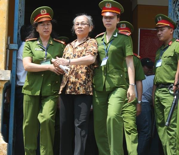 Condenados a prision sujetos por propaganda contra el Estado hinh anh 1